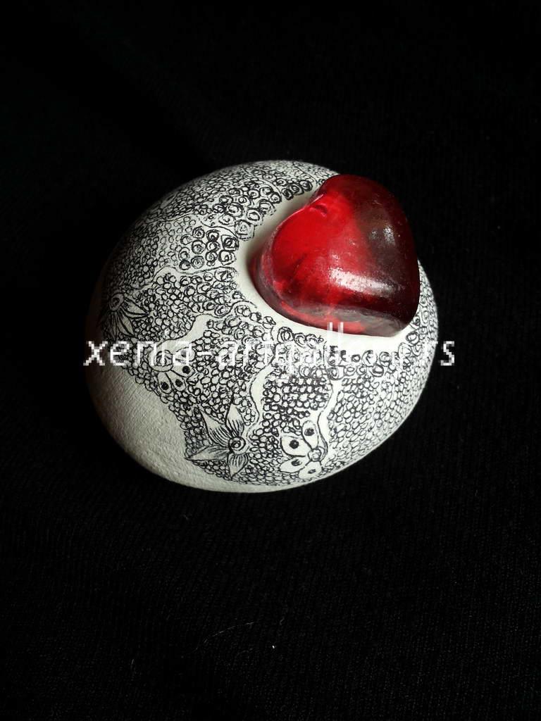 5 modelling material, paint for porcelain, 6x6x4 cm