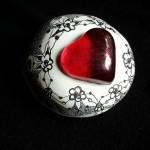 9 modelling material, paint for porcelain, 6x6x4 cm